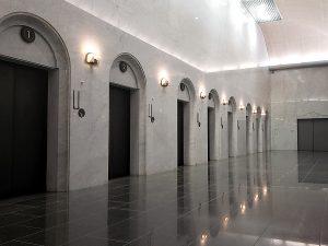炉前ホール